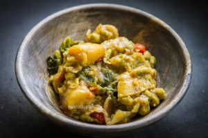 Thai Green Curry with Potato, Kale, and Peas (Low Fat, Vegan)